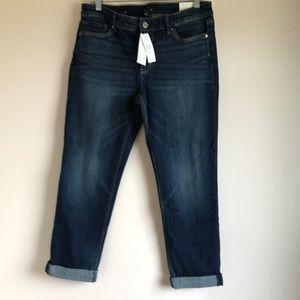 NWT  Slim Crop Jeans